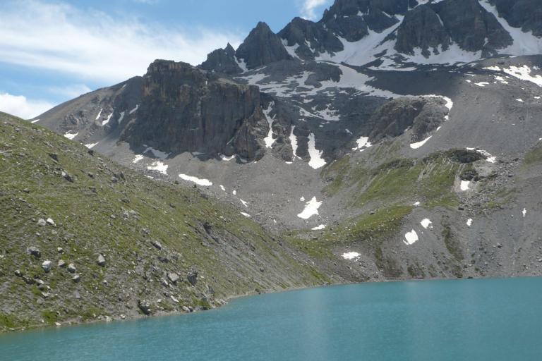 Photo de montagne et lac, nature isère